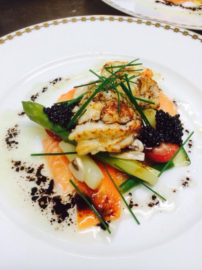オマール海老の温製サラダ